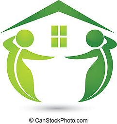 Casa ecológica con hojas de logo