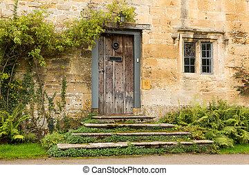 Casas viejas en el distrito de Inglaterra