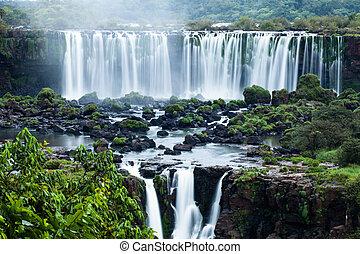 cascadas, localizado, brasileño, frontera, iguassu, serie, mundo, vista, lado, más grande, argentino, bajas