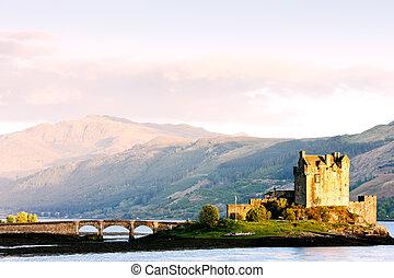 Castillo de Eilean, loch duich, Escocia