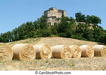 Castle rossena en emilia romagna