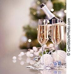 Celebración de año nuevo. Dos copas de champaña