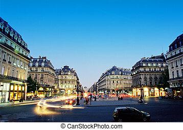Centro de París en la noche