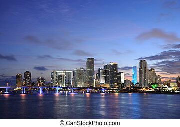Centro Miami al atardecer, Florida USA