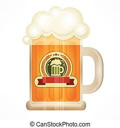 Cerveza ligera en taza de vidrio