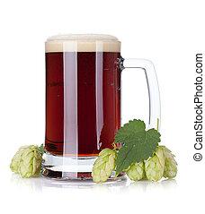 Cerveza oscura y rama de salto