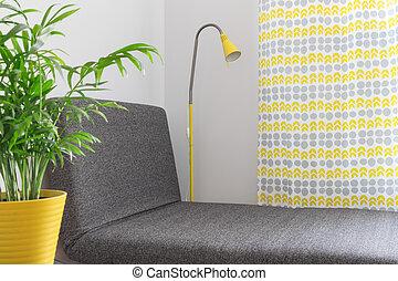 Chaise longue en una casa moderna
