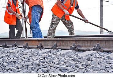 chalecos, trabajadores, barandas, terraplén, naranja, ferrocarril
