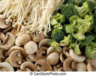 Champiñones y brócoli