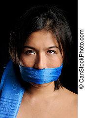 Chica callada