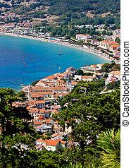 Ciudad Adriatica de la vista vertical de Baska