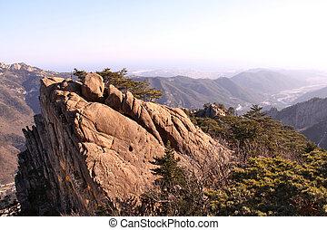 Cliff en Seoraksan en invierno, Corea del Sur