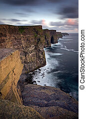 Cliffs of moher, co clare, irelandia.