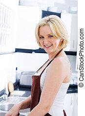 Cocinando ama de casa