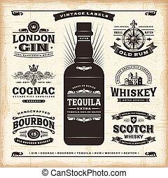 Colección de etiquetas de alcohol antiguas
