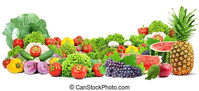 Coloridas y saludables frutas frescas y vegetales
