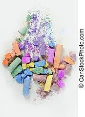 colorido, lío, encima, tiza, roto, colores, blanco