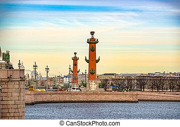 columnas, santo, rostral, saliva, island., russia., vasilievsky, petersburg.