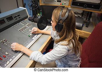 Concentrando la moderación de la radio