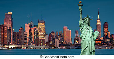 Concepto de turismo Nueva York con libertad de estatuas