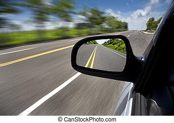 conducción, coche, foco, por, camino, espejo, vacío