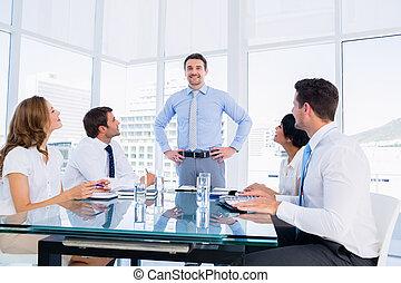conferencia, ejecutivos, tabla, alrededor, sentado