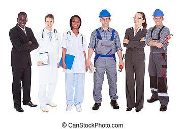 Confiado en gente con diferentes ocupaciones