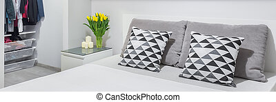 Confortable cama doble