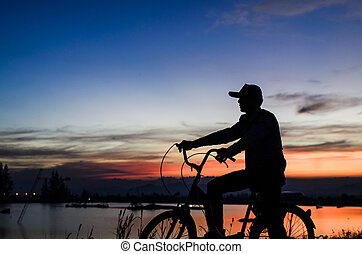 conjunto, silueta, sol, cielo, nublado, contra, cycler, salida del sol