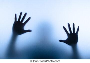 conmovedor, hombre, mano, mancha, vidrio