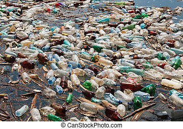 Contaminación de botellas plásticas