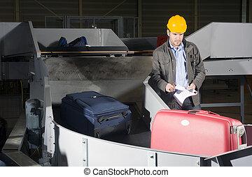 Control de equipaje en el aeropuerto