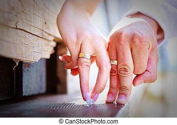 coquetear, manos