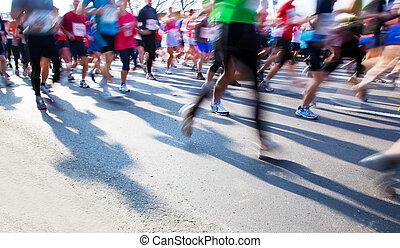 corriente, maratón, rápido