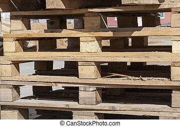 Corrugación de madera para materiales de construcción