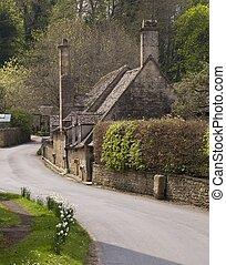Cotswold cabaña en Snowshill, Gloucestershire, Inglaterra