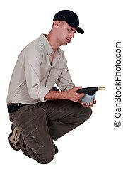 Craftsman sujetando una antorcha