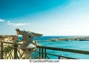 Cubierta de observación con vista panorámica de Valletta