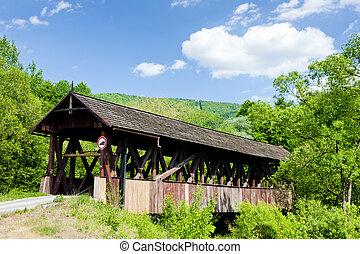 Cubierto de madera, Stefanska huta, Eslovaquia
