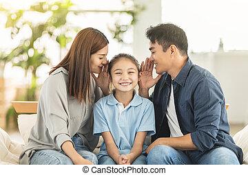 cuchicheo, familia , niño, chisme, feliz
