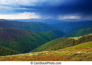 Día lluvioso en las montañas