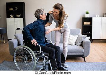 dar, enfermera, más viejo, cuidado paciente