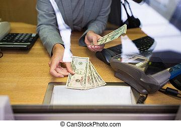 dar, oficina, dinero, oficinista, efectivo, cliente, banco