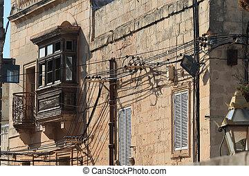 desordenado, eléctrico, cables, malta, edificios