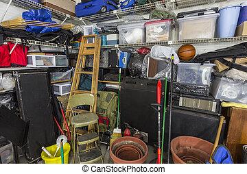 desordenado, muy, garaje