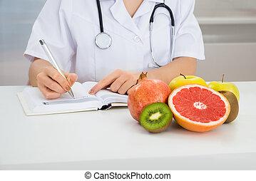dietista, prescripción, hembra, escritura