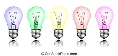 Diferentes ideas nuevas, fila de bombillas de colores aisladas