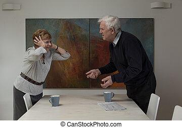 Discreción entre esposos ancianos