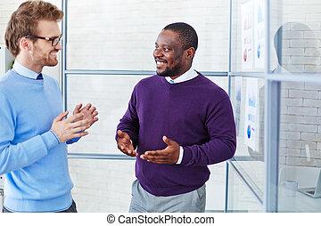 Discusión en el cargo