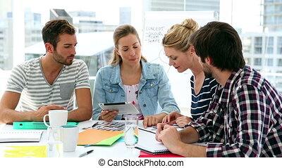 diseñadores, equipo, teniendo, reunión